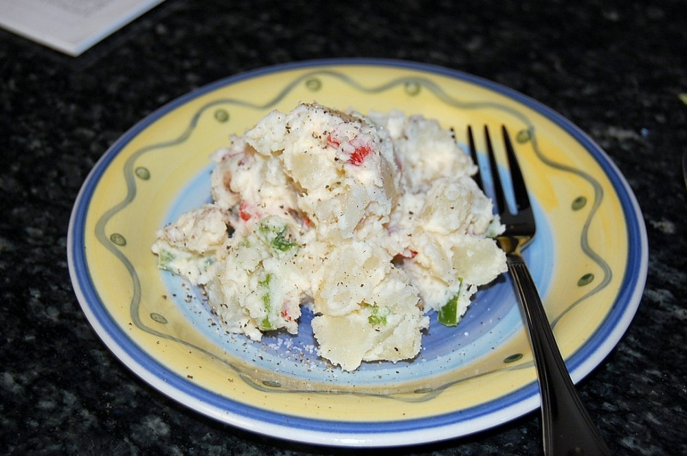 Best Creamy Potato Salad