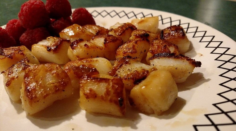 Easy Pan Seared Scallops / Shrimp