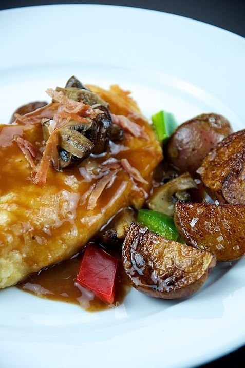 Garlic Chicken with Caramelized Mushrooms and Onion