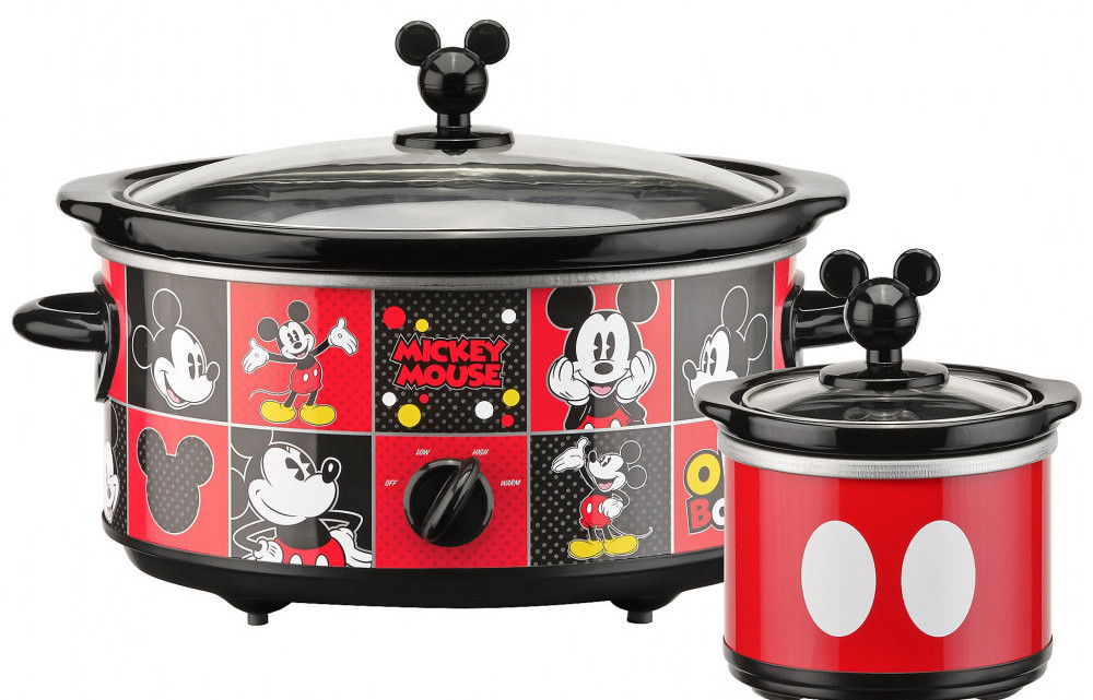 Mickey Mouse Duo 5-quart cooker with 20 oz dipper pot