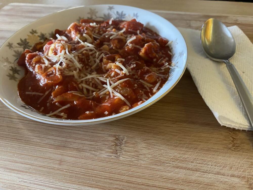 Vegetarian Tortellini Soup