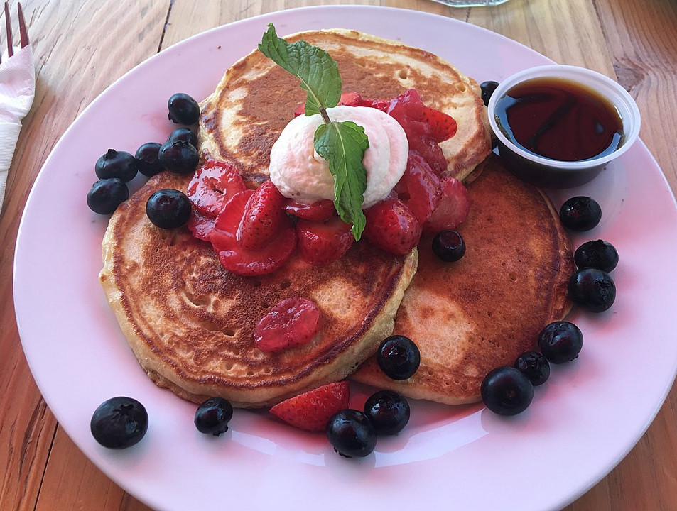 Quick and Easy Homemade Pancakes