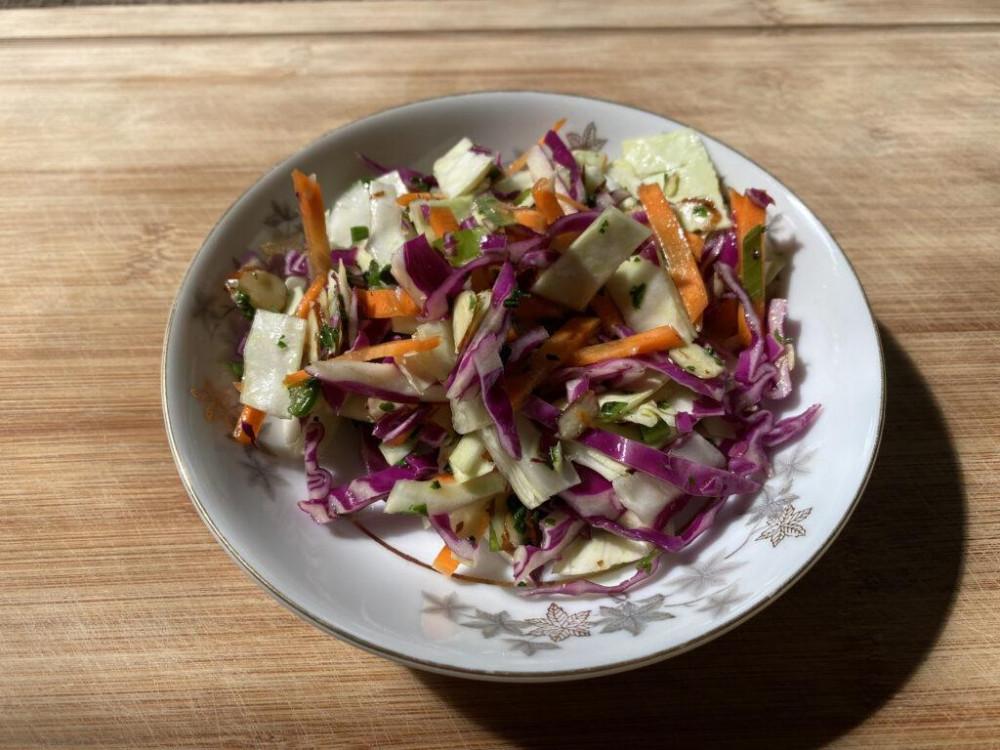 Simple Healthy Coleslaw